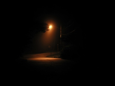 street-lamp-at-night-3-4357